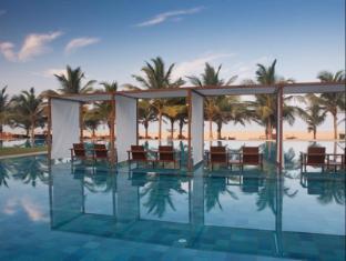 Jetwing Blue Negombo - Swimming Pool