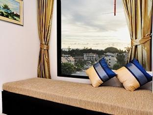 The BluEco Hotel Phuket - Living Area