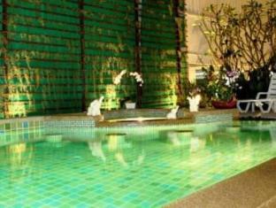 藍克飯店 普吉島 - 游泳池