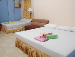 Casavilla Travellers Lodge Taiping - Family Room