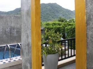 Taro Hotel פוקט - נוף