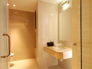 The Lantern Resorts Patong Phuket - Luxury Pent Bathroom