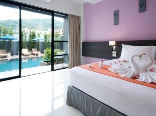 The Lantern Resorts Patong Phuket - Pool Access Pent