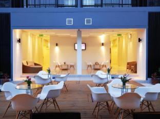 The Lantern Resorts Patong Phuket - Shack Bar