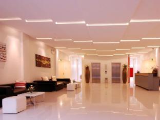 The Lantern Resorts Patong Phuket - Lobby
