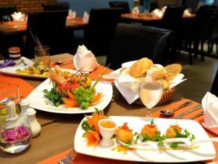The Lantern Resorts Patong Phuket - Restaurant