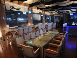 The Residence at Singapore Recreation Club Singapore - Restaurant