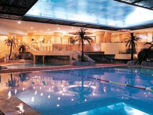 The Residence at Singapore Recreation Club Singapore - Swimming Pool