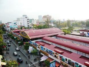 Na Na Hotel & Café Restaurant Phnom Penh - Nearby Attraction