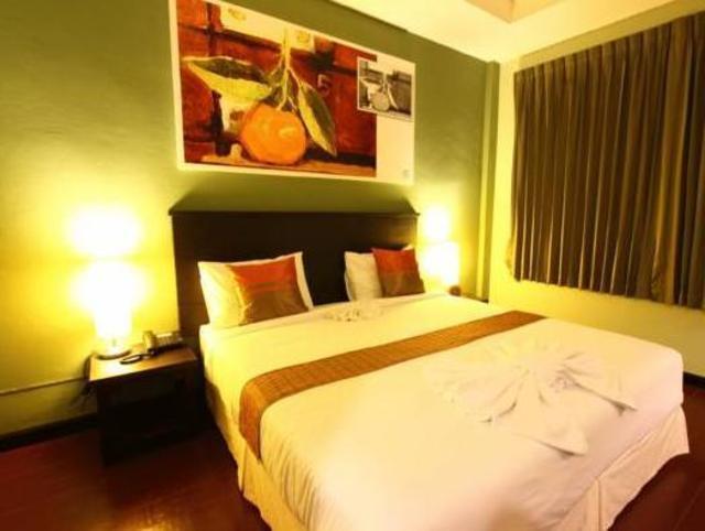 ออเรนจ์ทรี เฮาส์ – Orange Tree House Hotel