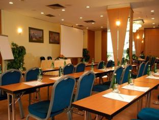 Holiday Inn Warsaw Hotel Warsaw - Meeting Room