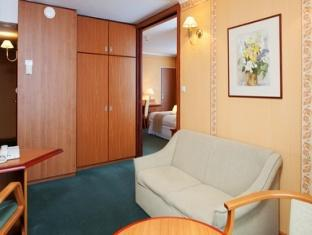 Holiday Inn Warsaw Hotel Warsaw - Suite