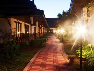Airport Resort & Spa Phuket - Pandangan