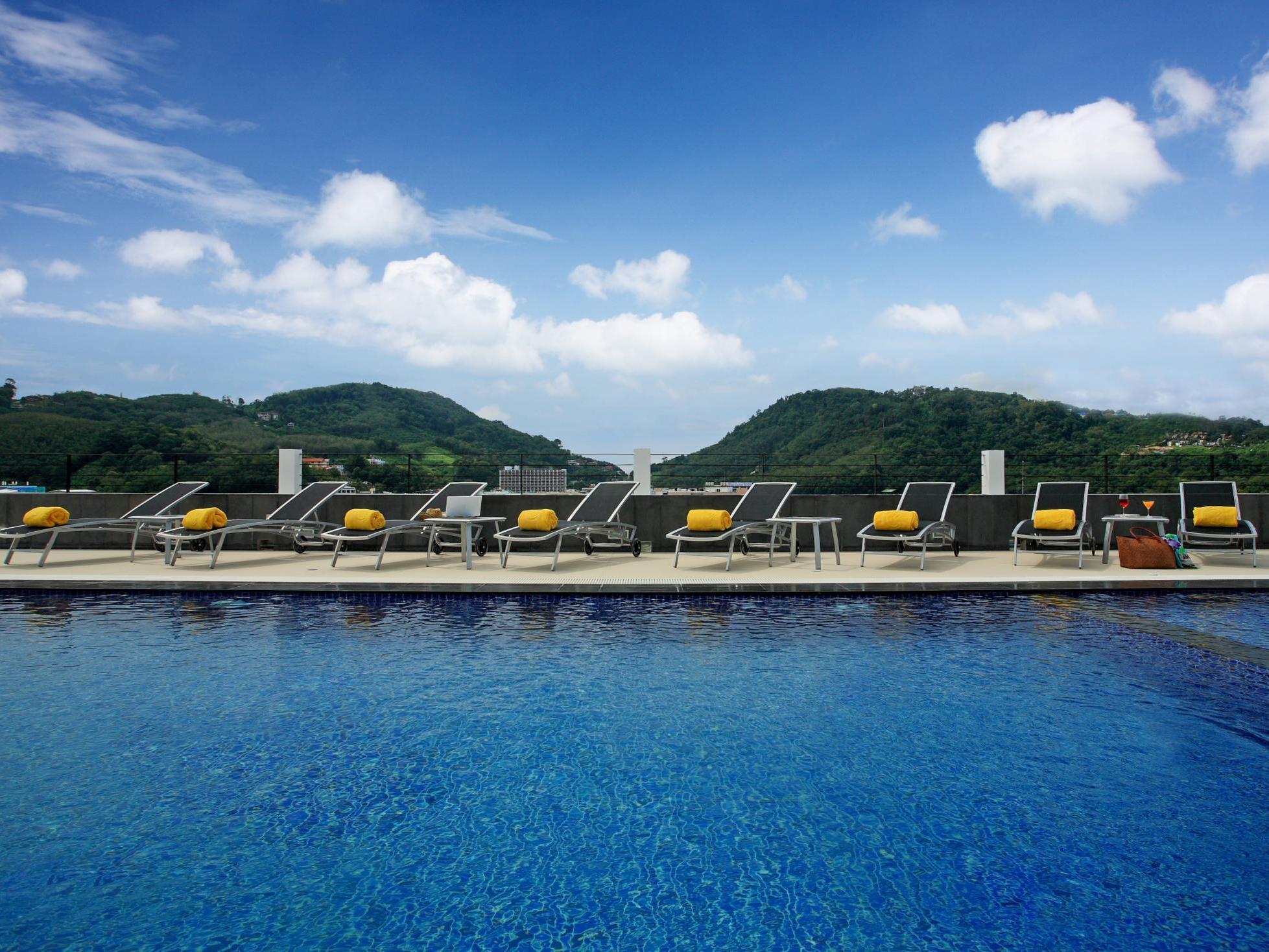 Ashlee Hub Hotel Patong