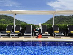 Centra Ashlee Hotel Patong Phuket - Swimming Pool