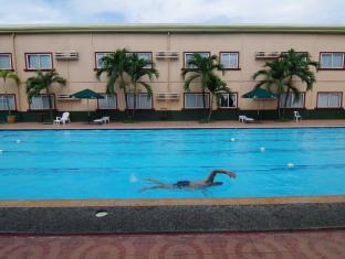 Holiday Spa Hotel Cebu City - Pool