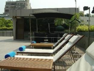 Fortune Select Loudon Kolkata - Terrace Sitting