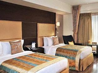 Fortune Select Loudon Kolkata - Guest Room