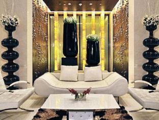 Fortune Select Loudon Kolkata - Hotel Interior