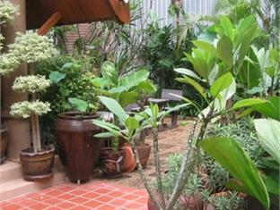 차다 타이 하우스 파타야 - 정원