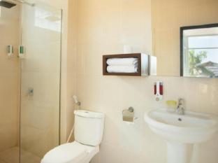 The Studio Inn Nusa Dua Бали - Ванная комната