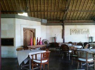 Puri Pandan Restaurant and Bungalows