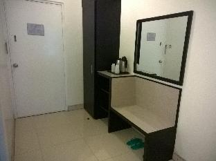 picture 5 of Iloilo Midtown Hotel
