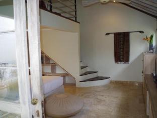 Villa Kresna Boutique Villa Бали - Интерьер отеля