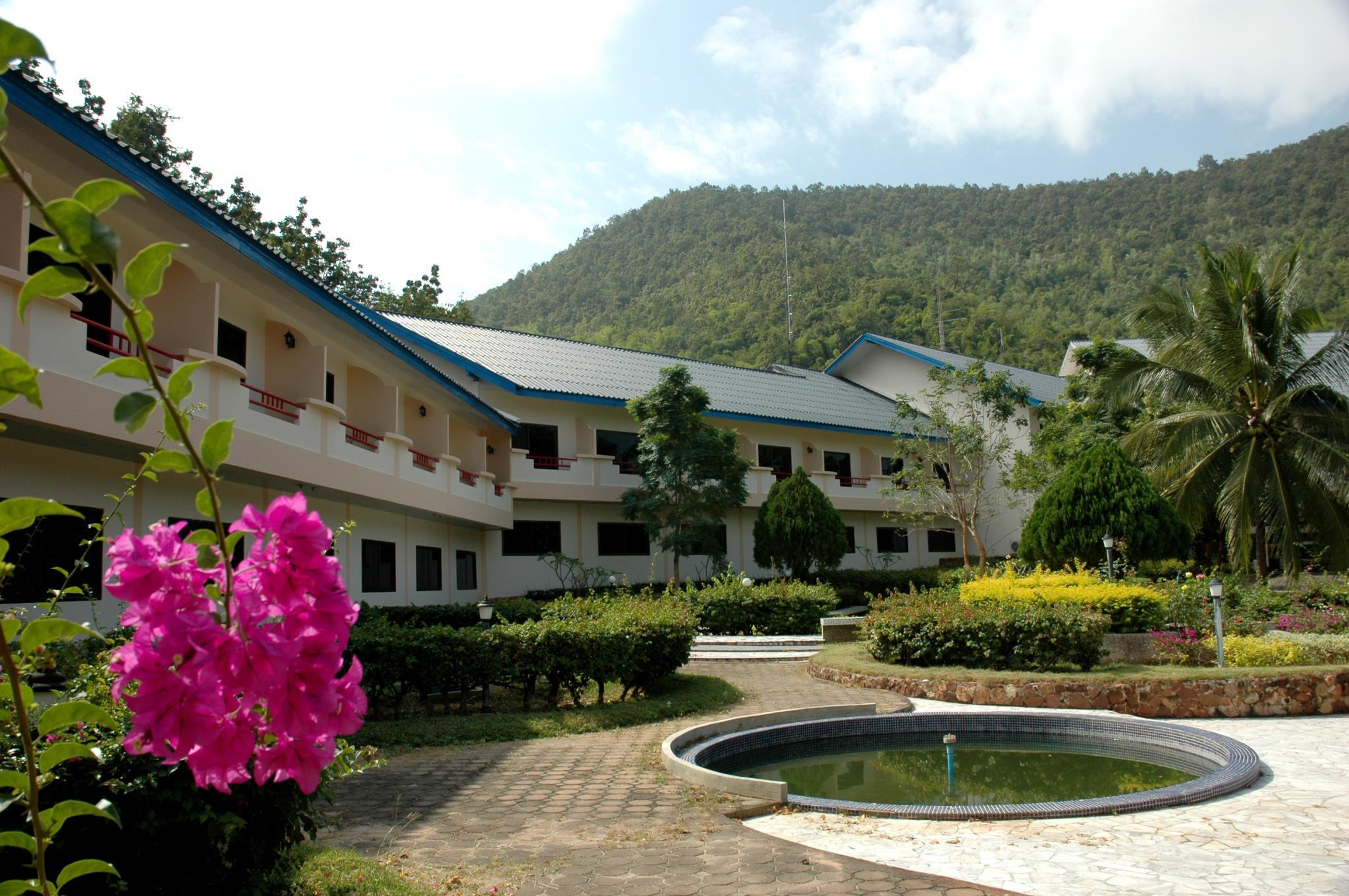 Evergreen Hills Golf Club And Resort