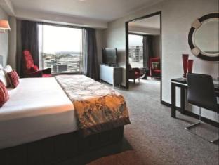 Skycity Hotel Auckland - Phòng khách