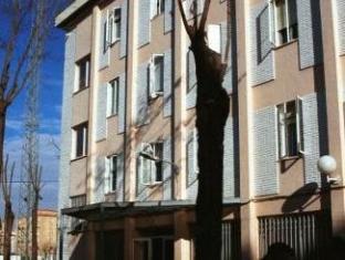 格拉納達英特察分旅館