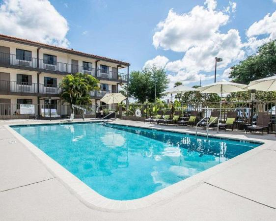 Quality Inn & Suites By the Parks Kissimmee Orlando
