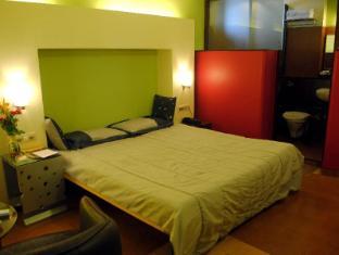 Hotel Golden Swan Mumbai - Guest Room