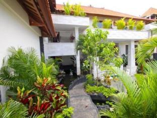 Jimbaran Cliffs Private Hotel & Spa Bali - Lobby garden