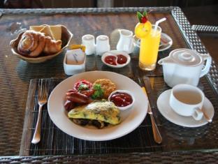 Jimbaran Cliffs Private Hotel & Spa Bali - Jimbaran breakfast