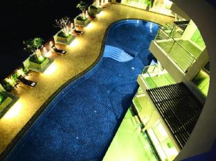 นารา เรสซิเดนซ์ ชลบุรี - สระว่ายน้ำ