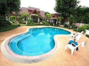 Pang Rujee Resort
