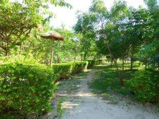 Talima Beach Villas & Dive Resort Mactan Island - Giriş