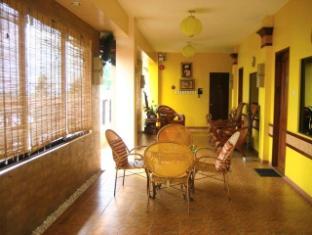 Sun Avenue Tourist Inn And Cafe Tagbilaran stad - Lobby