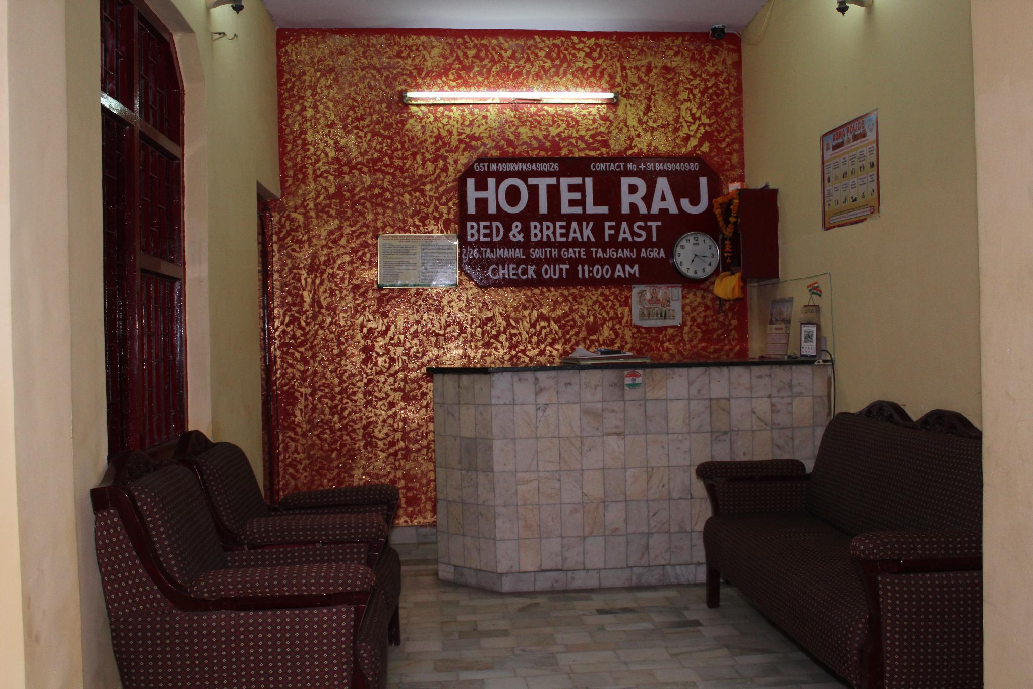Hotel Raj Bed And Breakfast