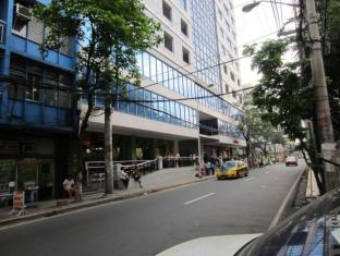 Rosas Garden Hotel Manila - Surroundings