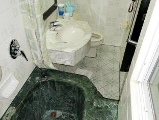 亚洲大酒店 宿务市 - 卫浴间