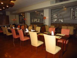 Hotel Cesario Остров Мактан - Ресторан