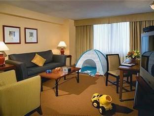Eaton Chelsea Toronto Toronto (ON) - Family Suite