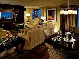 Eaton Chelsea Toronto Toronto (ON) - Honeymoon Suite