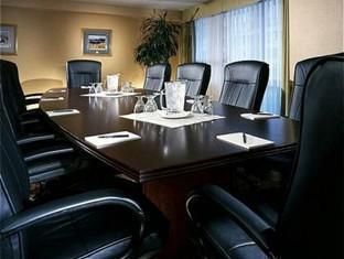 Eaton Chelsea Toronto Toronto (ON) - Newton Meeting Room