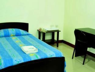 Check Inn Pension Arcade Bacolod (Negros Occidental) - Guest Room