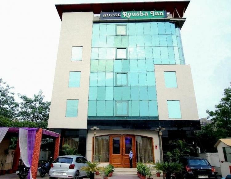 Hotel Rousha Inn