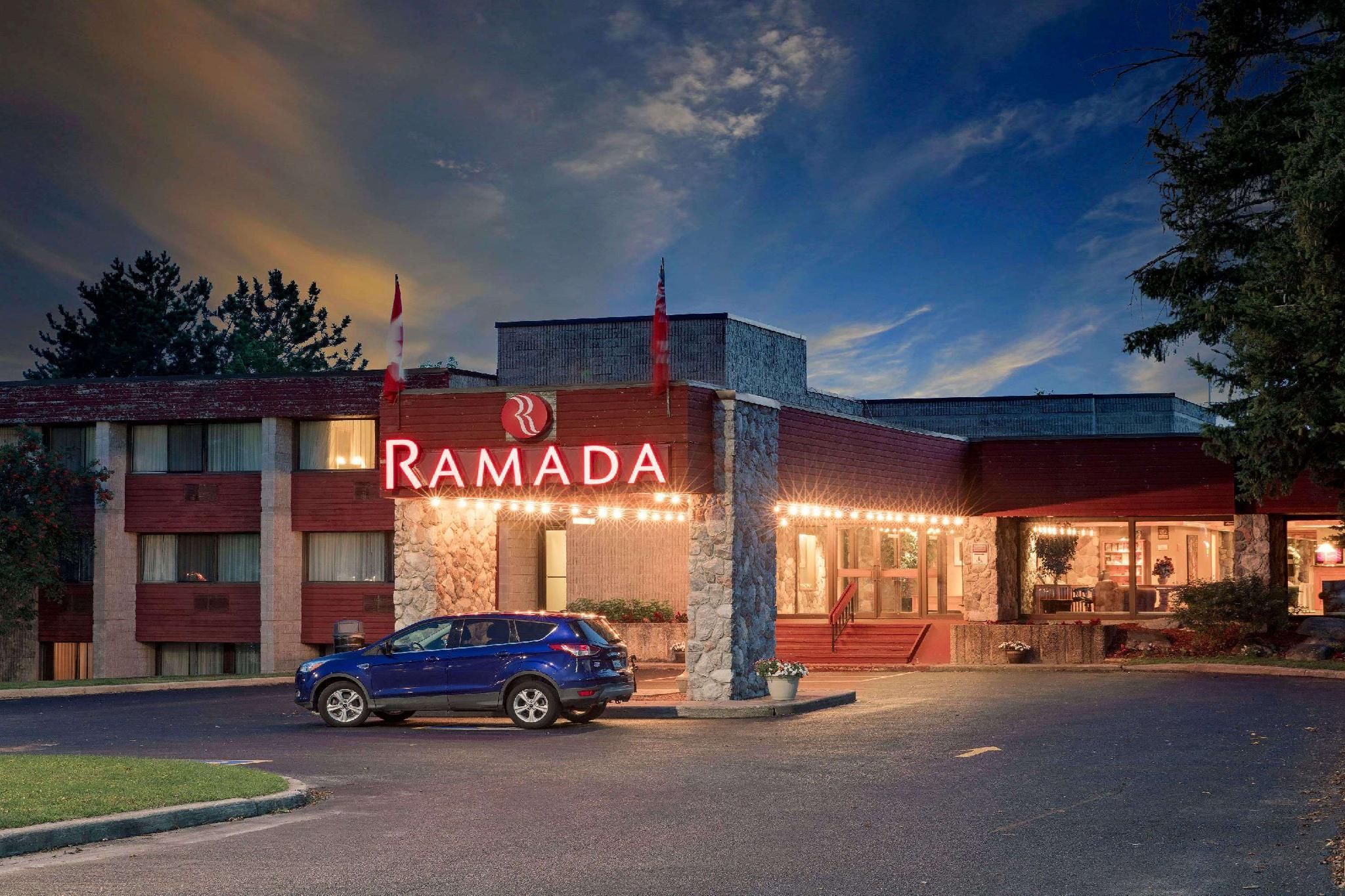Ramada By Wyndham Pinewood Park Resort North Bay