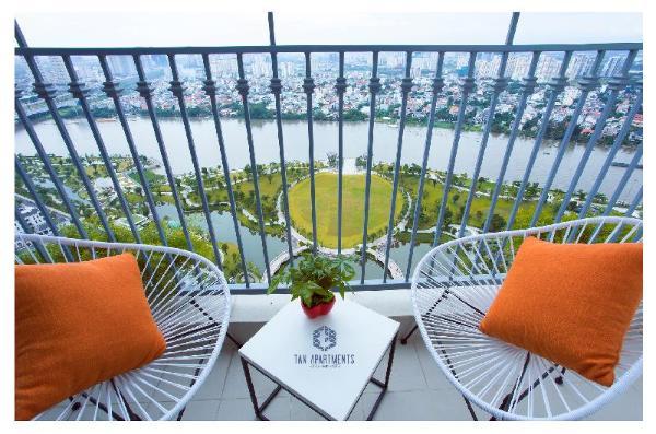 Vinhome Central Park- 34th floor -Tan